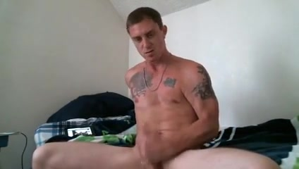 Military Wank close up peeing pussy