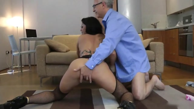 Old stud and brit slut Milf nipples and upskirt