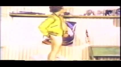Retro - Kip Noll sexy legs news anchor