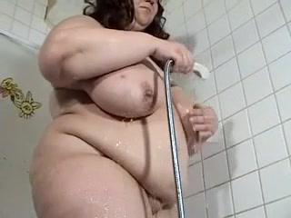 mature BBW with big saggy tits