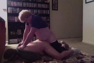 Butt Free massive cumshot vid