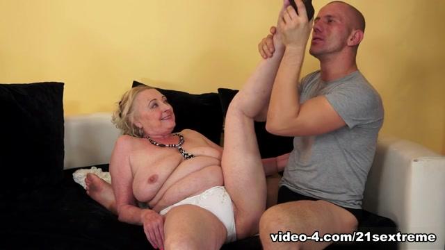 Sila in Cock-obsessed Grandma Movie hardcore fkk sex pics