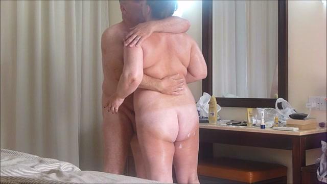 Mature couple fuck on holiday Craigslist hookup sites