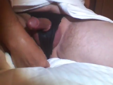 Oily ass with my dick. Mon anus huileux avec ma queue Sexy fucking a nude girl