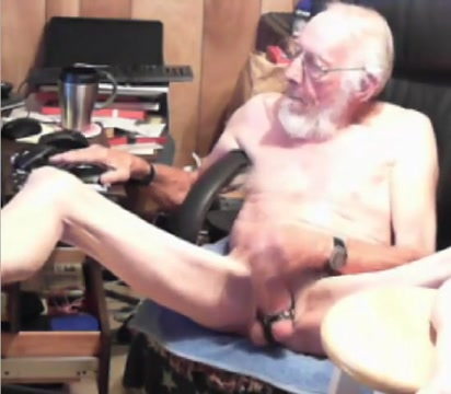 Grandpa cum on cam 10 Clip cruiser milf