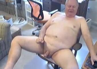 Grandpa cum on cam 3 Jennifer love hewitt accidental boob flash