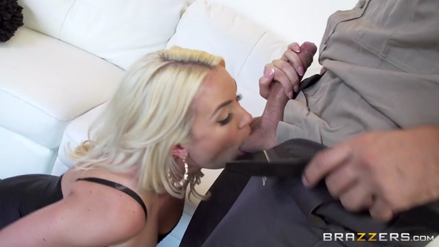 Gigi Allens & Keiran Lee in Dick Delivery - Brazzers Woman sex in Mejillones
