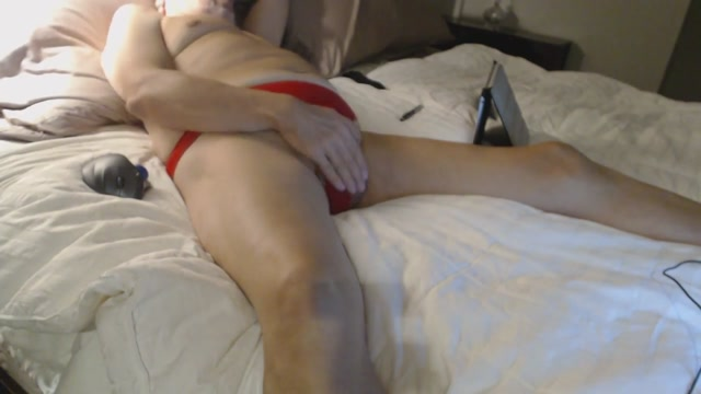 Red Panties and a Prostate Stimulator Create Massive Orgasm what does fofo mean in portuguese