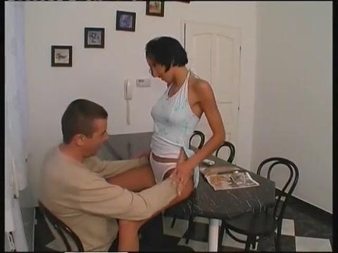 Razz- la ragazza lo vuole proprio tanto Four Minutes Porno