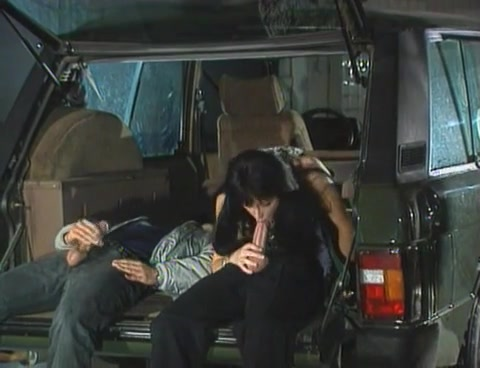 Liza Harper - Double Penetration on the back of a car Midget destroys stolen property