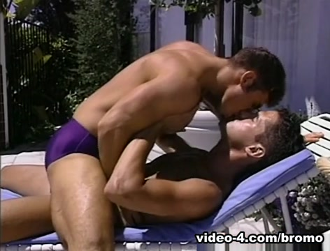 Grant Larson & Marco Rossi in Idol Country Scene 1 - Bromo Girl going pee nude