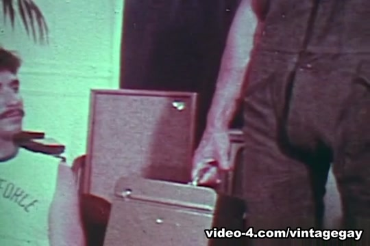 VintageGayLoops Video: Mr. Fix It Nude for wife site literotica.com