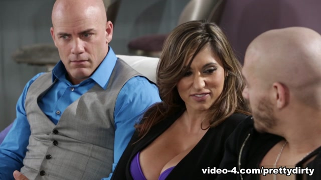 Reena Sky & Xander CorvusA Wife For A Wife: Part One - PrettyDirty Fuck finder in Bentiu
