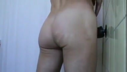 Twink vs monsterdong What online hookup sites are scams