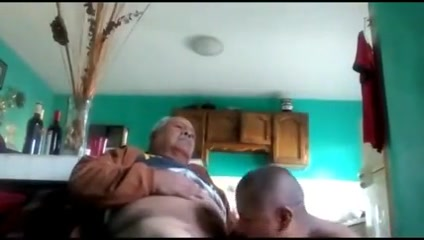 Grandpa and your play on cam Bear Vs Twinks