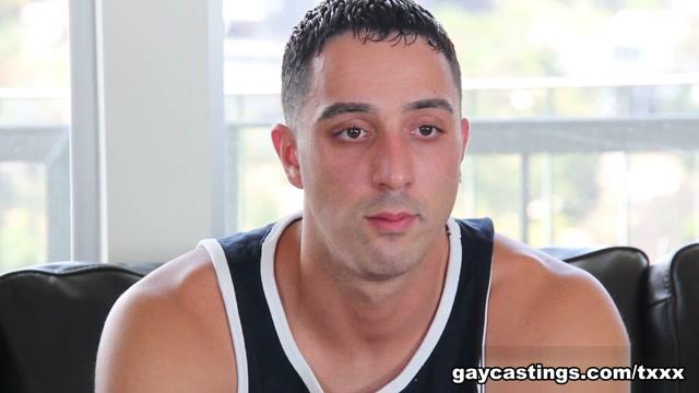 Vinnie - GayCastings Homemade riding creampie
