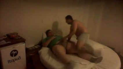 Chub 2 Sisters Play With Eachothers Pussy