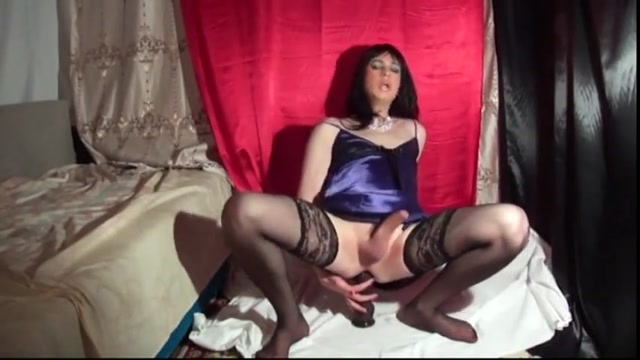 Slut want big black cock Teen buds pussy