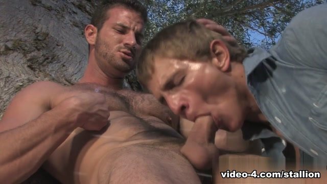 Rusty Stevens & Marcus Mojo in Giants, Part 1, Scene #01 Echo sound recorder