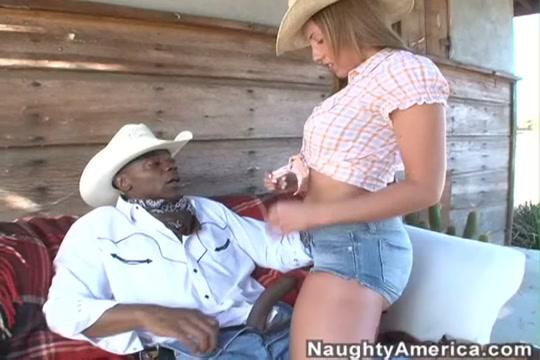 Kelly Divine & Sean Michaels in Naughty America Short women pussy pics