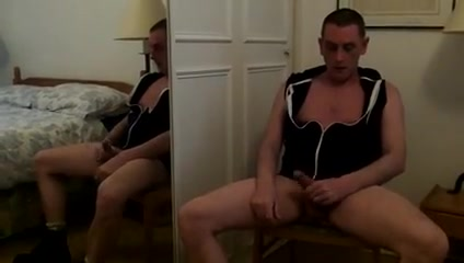 Gay exhibitionist in the mirror new jear daily nudes