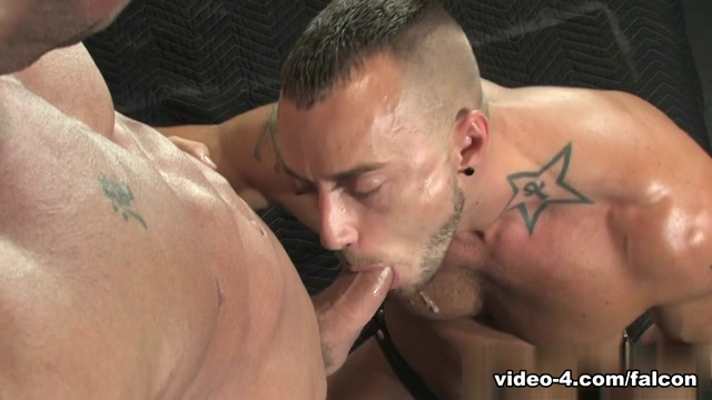 Members Exclusive XXX Video: Erik Rhodes, Jessie Colter Lesbian threesome with dildos