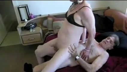 Crossdresser fucked old friend receiving cum Asian tranny cumshot