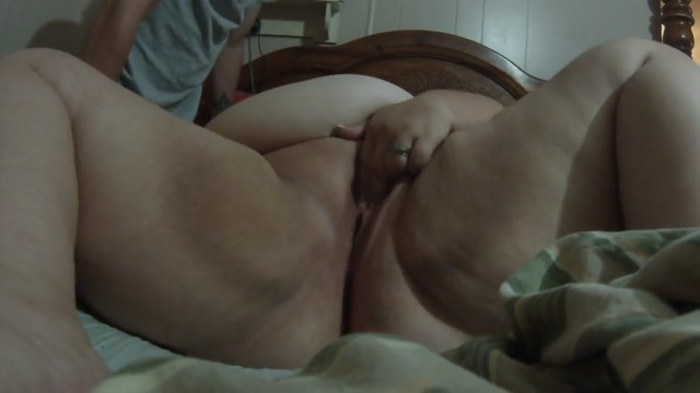 Playing with my pussy milfs crave it bg