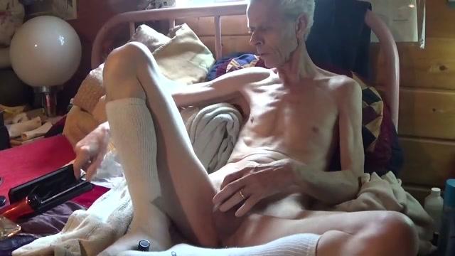 Electro Sound 7-02-16 selena gomez fake porn pics