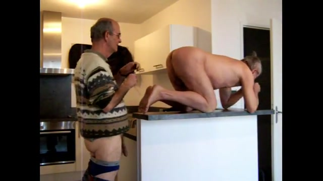 Grandpa couple on cam 1 Can every girl squirt