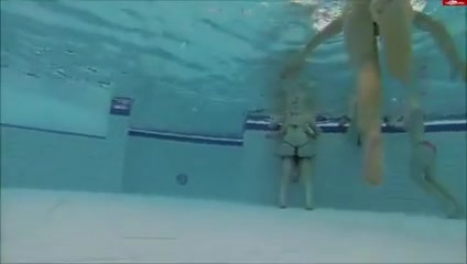 Underwater 1 Homemade dp creampie wife
