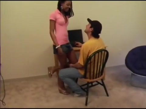 Ebony girl handjob how to help husband to get a promotion jav pmv