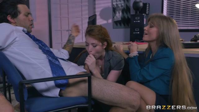 Darla Crane & Gwen Stark & Small Hands in Applicant Cunt - Brazzers Sexy april