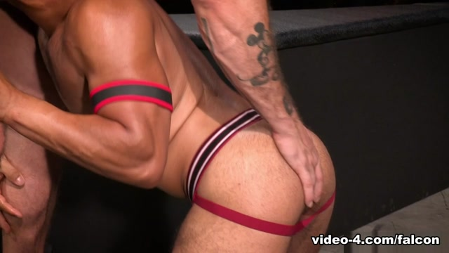 Fire And Ice XXX Video: Dorian Ferro & Austin Wolf - FalconStudios Help i am so lonely