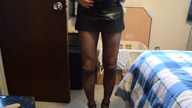 Hard cock in skirt and pantyhose 3 Cartagena prostitutes pictures