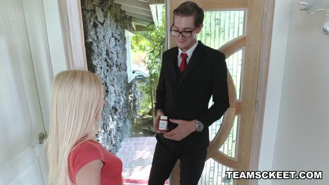 Alex Grey in Miracle Grow - TeamSkeet Oral sex in Jurado