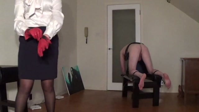Miss sultrybelle administers 100 hard strokes. Cum inside wife ass