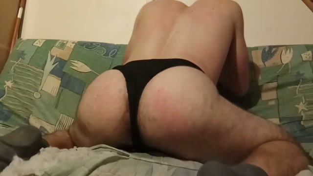 Shaking and twerking my thick booty free lesbian hardcore video