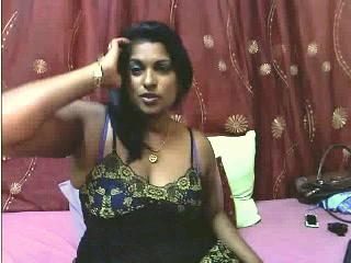 Indian older rebecca gives a blow job in office toilet