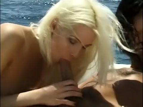 Incredible pornstar Linda Thoren in best cunnilingus, threesomes porn movie