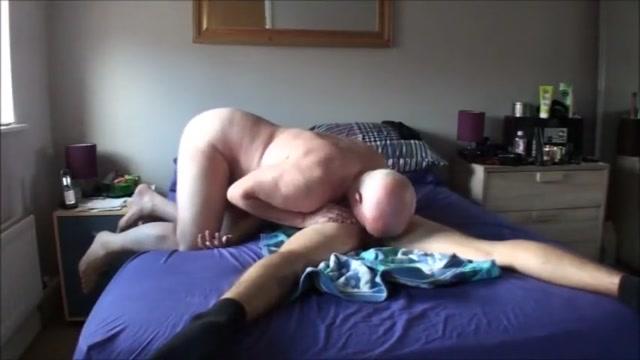 Papa 1 Sophie howard nude boobs