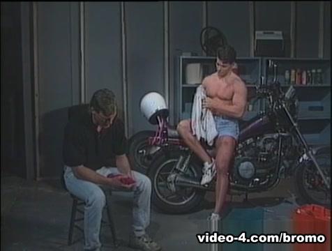 Derek Cruise & Peter Gregory in A Few Fresh Men Scene 5 - Bromo the golden age porn veronica hart torrent