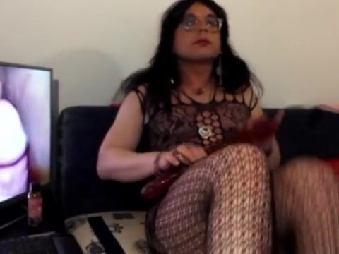 Diana trance on webcamshow fucks her hole big dildo Chave sex downloads free
