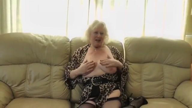 Omas votze riecht nach geilheit Family made porn pics