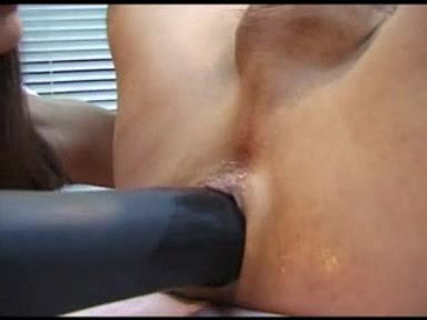 Bicouple - Sex-Toy and Fisting lesbian rubbing their pussy together