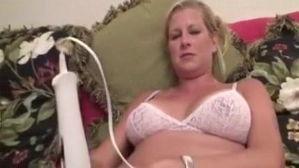 Sucking 2 Ashlee boob pic simpson