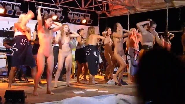 Women Dancing Naked on Stage Older woman and milf man