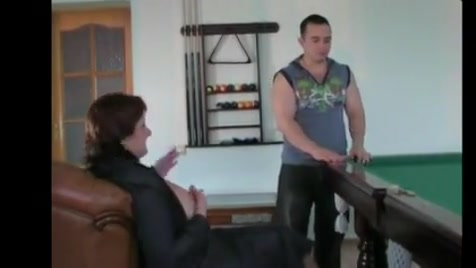 Russian Mature Ladie Extreme high heel trampling