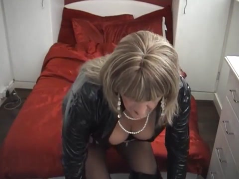 Mature Whore Sucks Dick very old man sex video