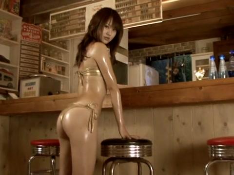 SHOKO Sweet Surprise - Oiled Up Gold Bikini (Non-Nude) desi woman sex 3gp